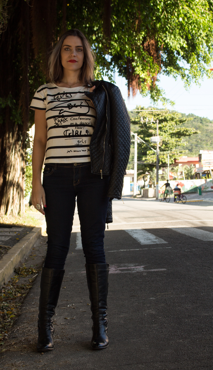 Look jaqueta black e bota